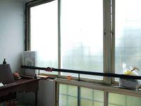 13J7U00334: Balcony 2
