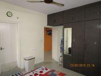 13F2U00306: Bedroom 1