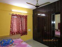 13F2U00306: Bedroom 2