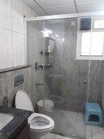 15F2U00041: Bathroom 1