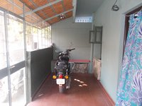 14J1U00419: Front Yard 1