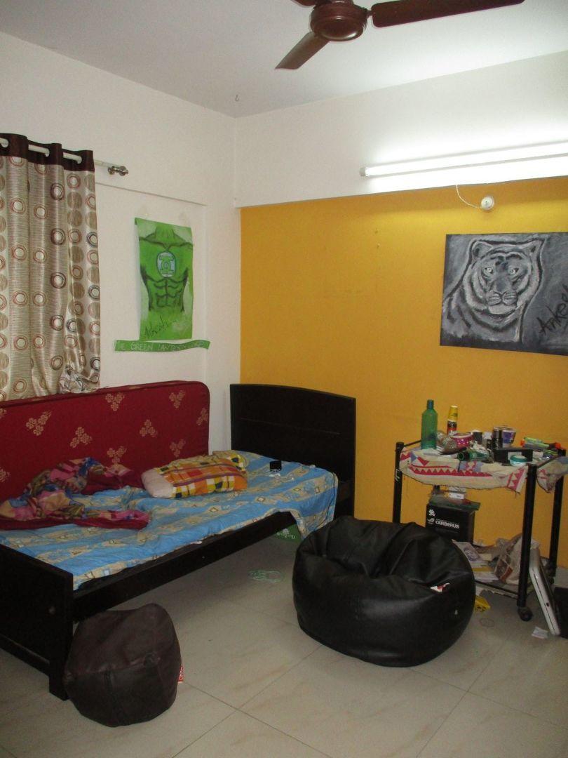 10J6U00523: Bedroom 1