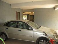 10J6U00523: parking 1