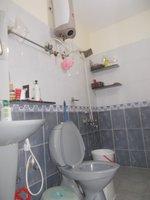 13A4U00219: Bathroom 1