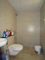 15S9U00454: Bathroom 1
