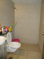 15A8U00384: Bathroom 1
