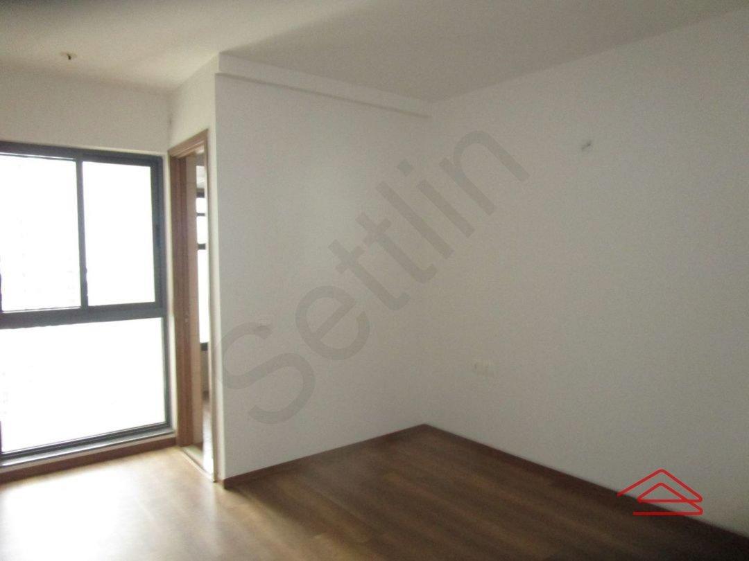 13S9U00013: Bedroom 1