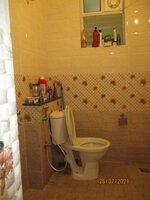 15J7U00557: Bathroom 2