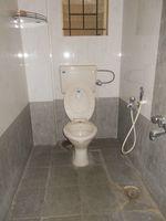 12S9U00241: Bathroom 1