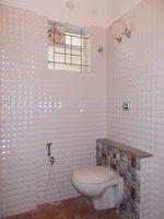 11NBU00096: Bathroom 2