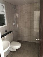 13J7U00379: Bathroom 1
