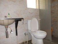 13OAU00225: Bathroom 1