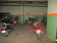 11A8U00139: parking