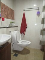 15M3U00010: Bathroom 2