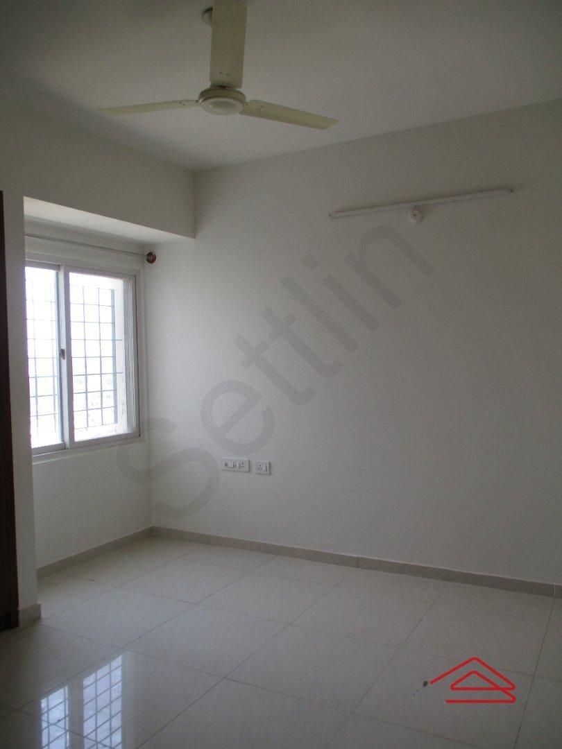14J1U00041: Bedroom 1