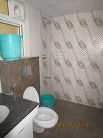 13F2U00428: Bathroom 3