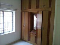 10M3U00946: Bedroom 2