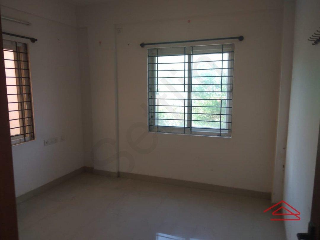 13S9U00390: Bedroom 1