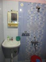 14A8U00006: Bathroom 1