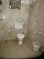 13DCU00453: Bathroom 1
