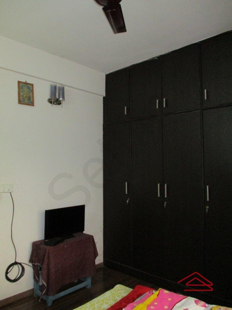 15F2U00242: Bedroom 1