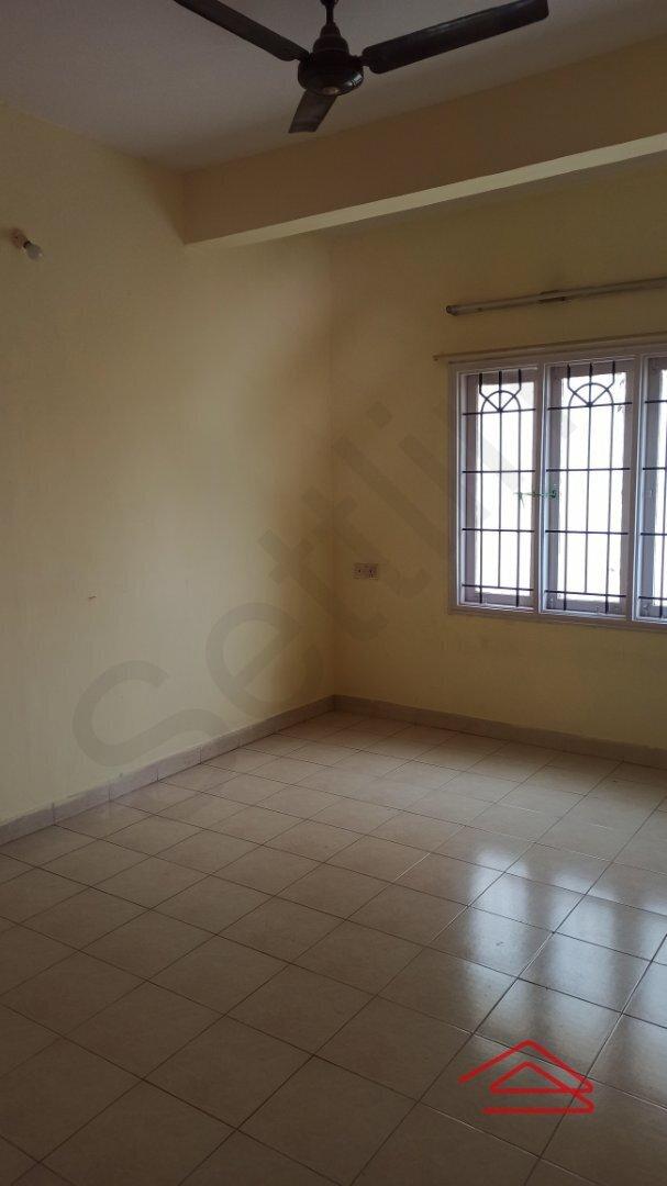 14S9U00235: Bedroom 1
