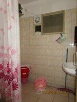 15J7U00346: Bathroom 2