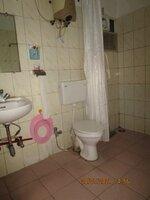 15J7U00346: Bathroom 1