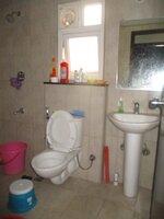 15J7U00276: Bathroom 2