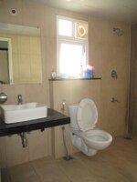 15J7U00276: Bathroom 1
