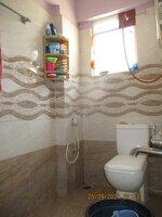 15S9U00965: Bathroom 1