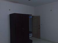 12J6U00466: Bedroom 2