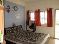 10J6U00131: Bedroom 2