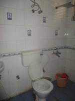 11J6U00334: Bathroom 1