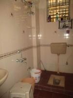 11J6U00334: Bathroom 2