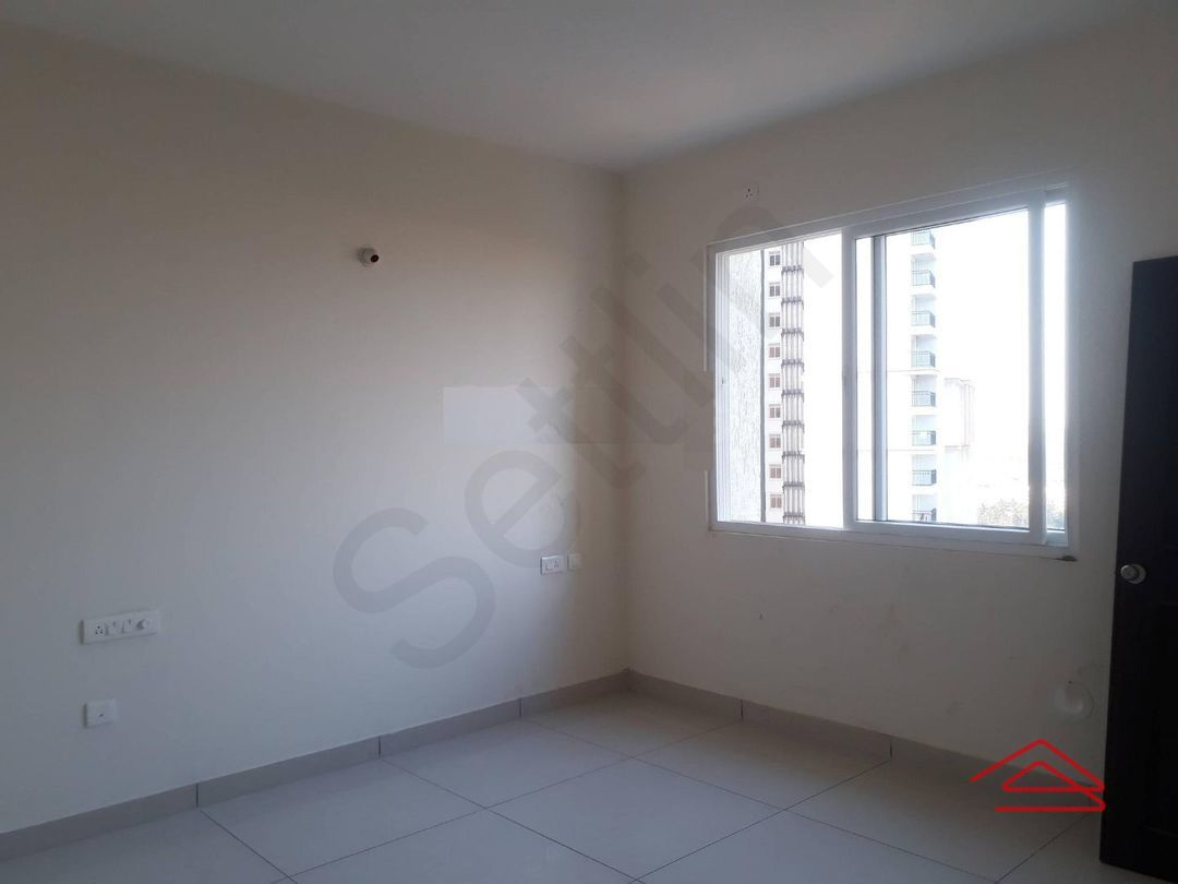 13A4U00377: Bedroom 1