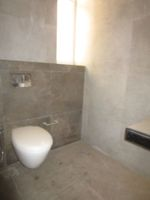 13M5U00639: Bathroom 1