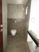13M5U00639: Bathroom 3