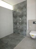 13M5U00639: Bathroom 2