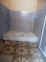14J6U00194: bathrooms 2