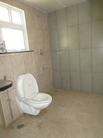 14A4U00077: Bathroom 2