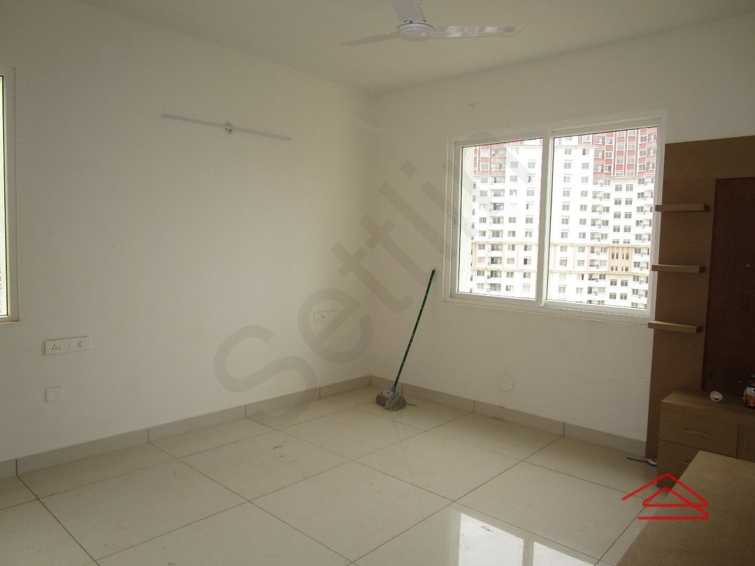 14A4U00077: Bedroom 1