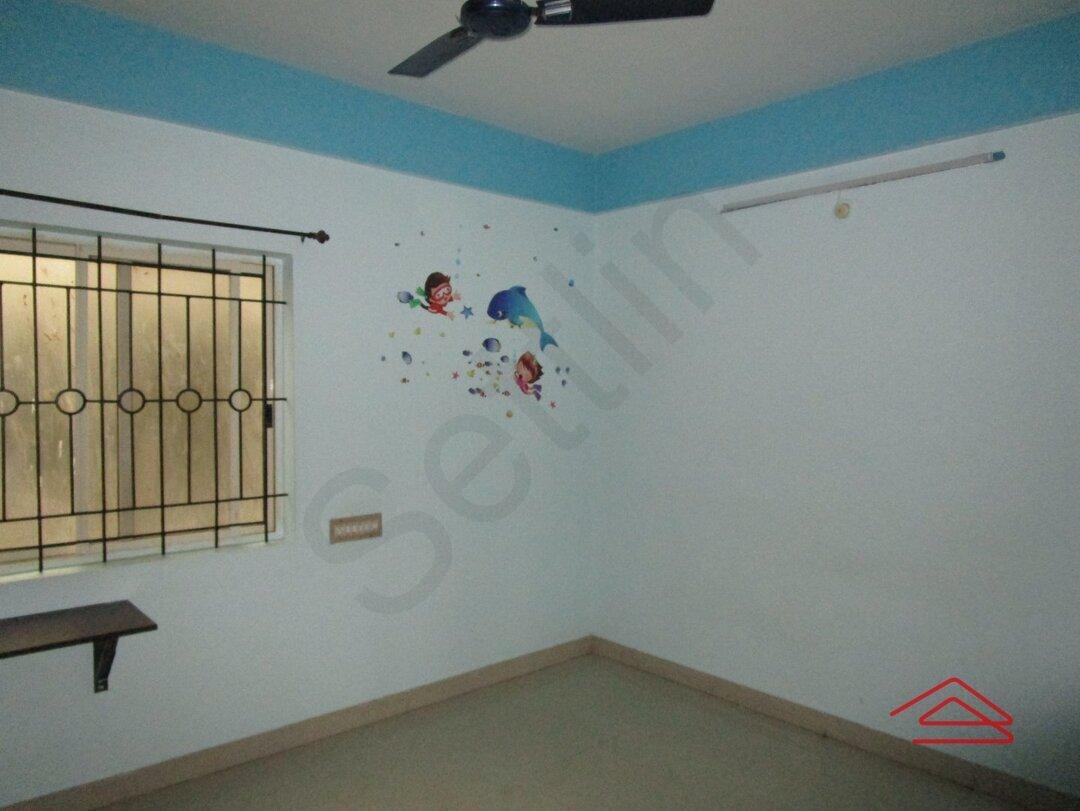 14NBU00231: Bedroom 1