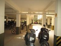 11J6U00212: parking 1