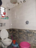 14J1U00262: Bathroom 1
