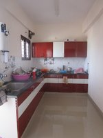 13J6U00572: Kitchen 1