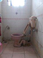 13OAU00331: Bathroom 1