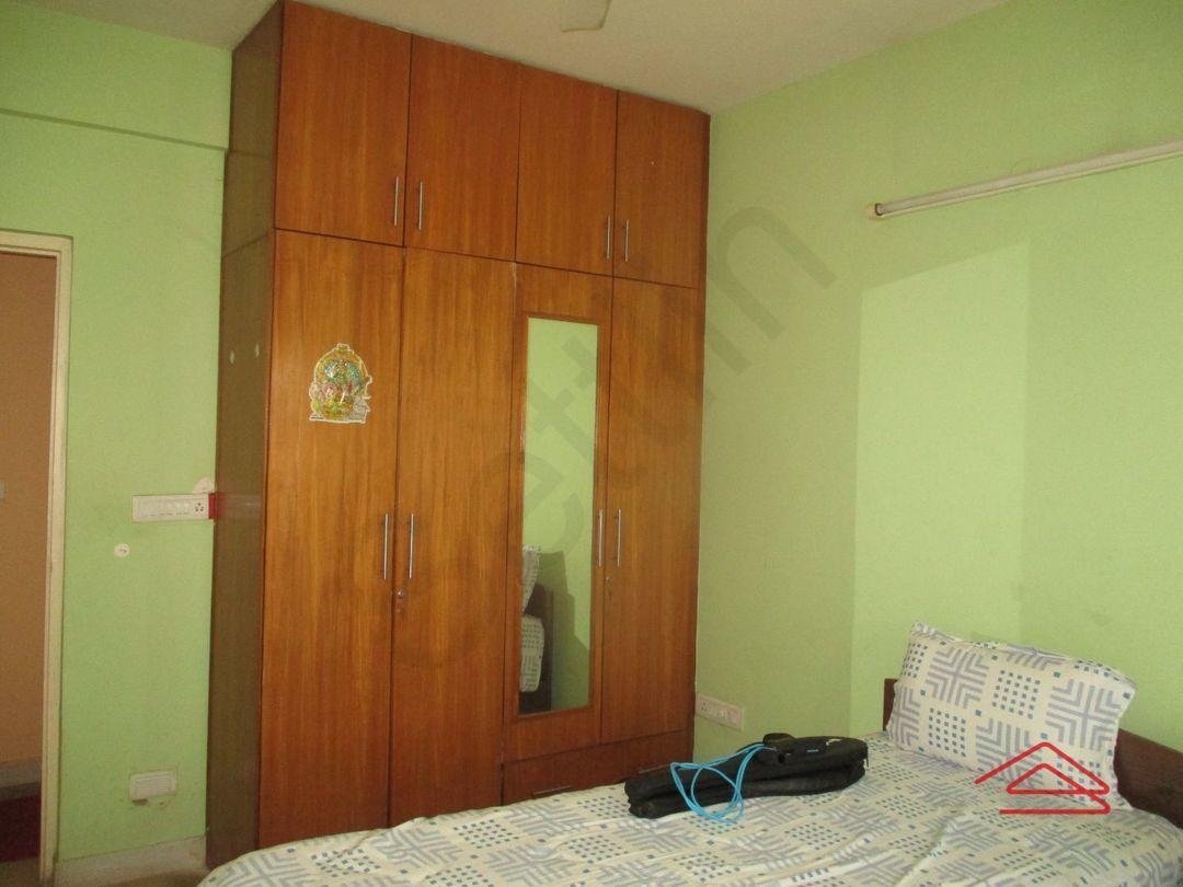 13A4U00132: Bedroom 1