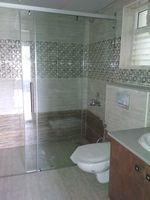 11J7U00356: Bathroom 1