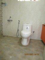 15J6U00038: Bathroom 3